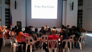 Capt. Dan Gruta mentoring children of seafarers.